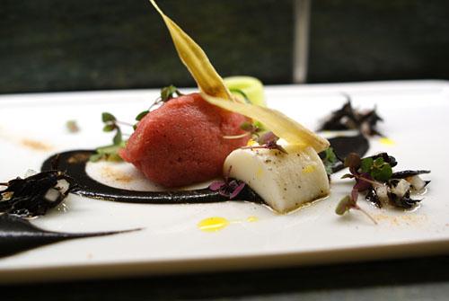 Mediterranean Blue Fin Tuna Tartare with Hijiki Seaweed & Daikon