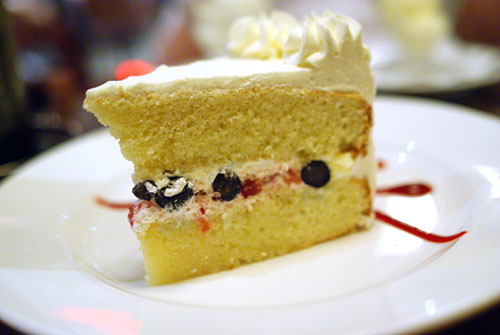 Strawberry and Blueberry Sponge Cake with Whipped Cream