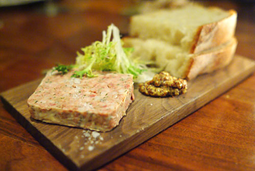 pate, campagnola, accompaniments