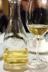 Vin de Carafe-Jonata Chardonnay