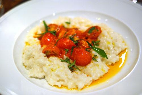 Risotto con Pomodori Organici e Crostini