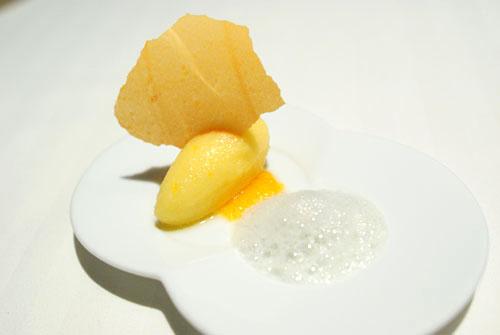 Tangerine 'Ménage à Trois'