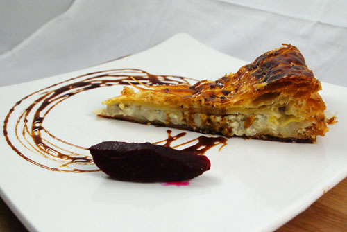 Fourme d' Ambert Tourte, Red Pear, Honey-Balsamic