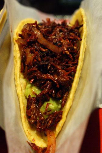 Chapulines Taco