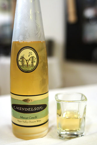 2002 Mendelson Muscat Canelli