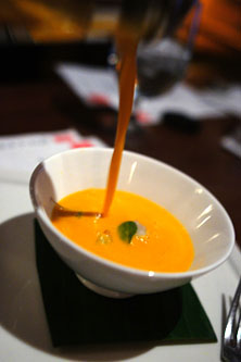 Thai Curry-Carrot Soup
