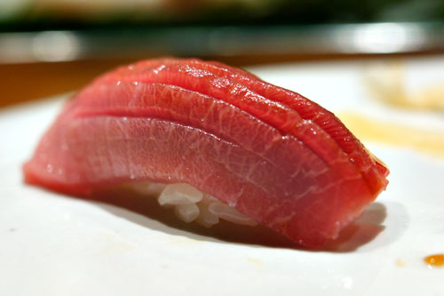 Medium Fatty Blue Fin Tuna / Kuromaguro Chutoro