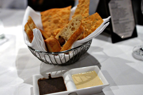 Xiomara Bread Basket