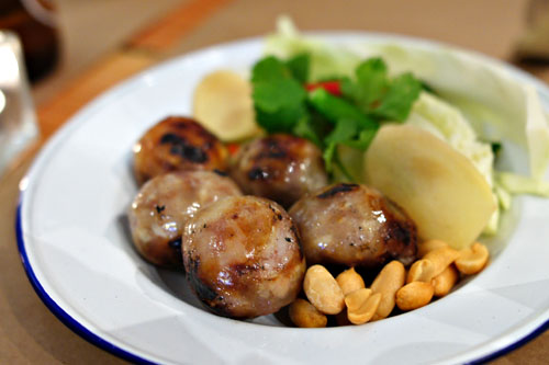 sai krok isaan / sour isaan sausage