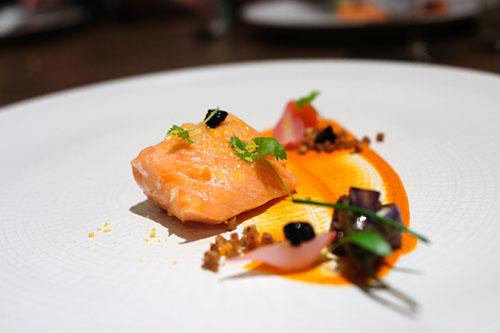 Salmon 'Basquaise'