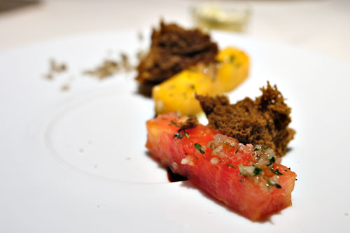 Heirloom Tomato Salade, Leek Ash Sponge