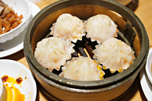 Shanghai Crab Roe Steamed Pork Dumplings