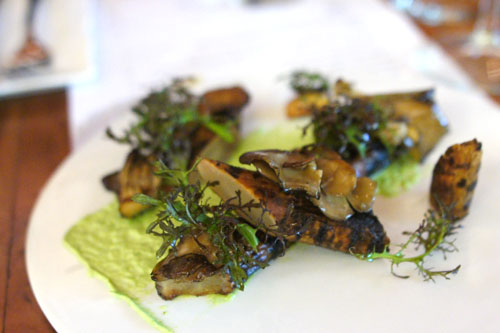 Tree in the forest: confit of salsify, crispy maitake mushrooms with garlic & herbs