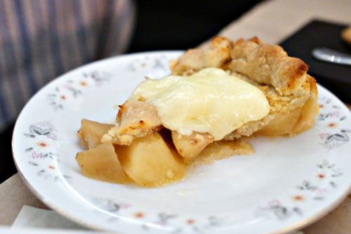 apple pie, hooks cheddar