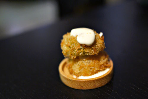Fried green tomato, tabasco aioli