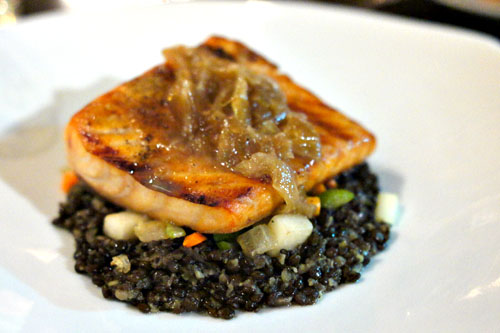 Grilled smoked salmon, root vegetable brunoise, beluga lentils, lemon and onion soubise