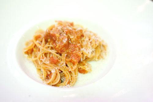 Capellini, pancetta, pomodoro, reggiano