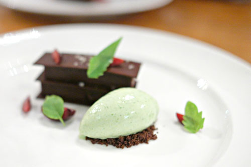 Chocolate    Eucalyptus    Chocolate mint