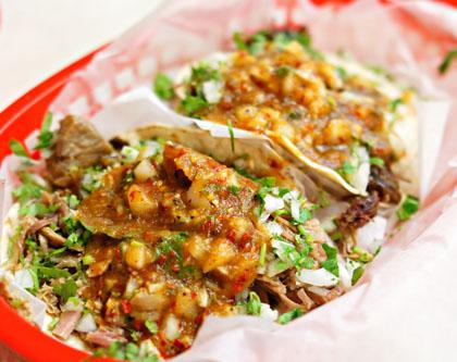 Carnitas y Cabeza Tacos