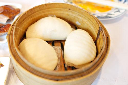 Peking Duck (by the slice) w/ Bun