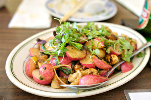 Stir-Fried Pork Jowl and Radishes