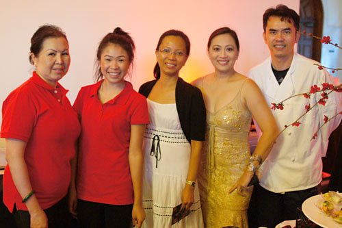 Chinoise Cuisine Team