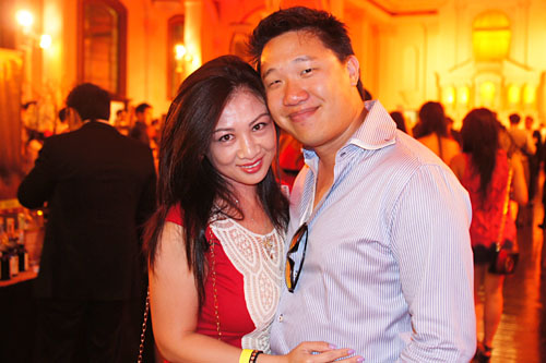 Amy Ling, Paul Lee