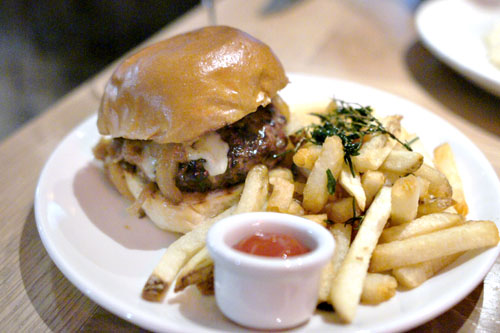 Mess Burger