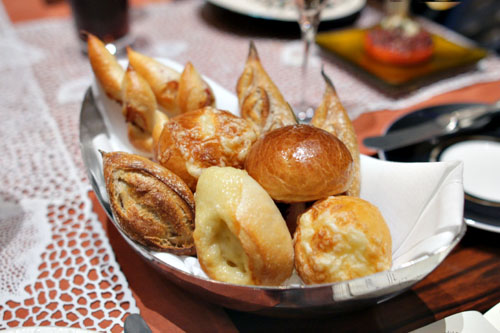 Joel Robuchon Bread Basket