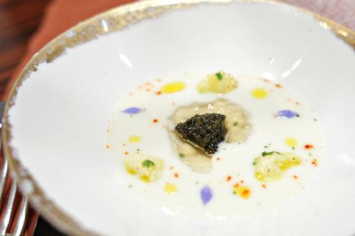 Le Caviar