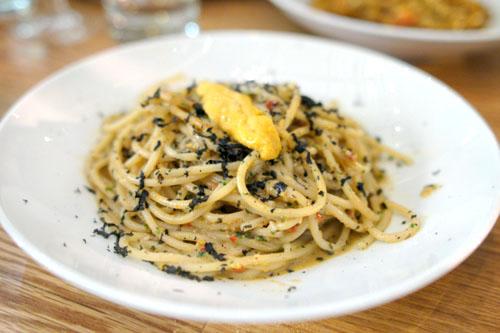 Spaghetti Mancini alle sea urchin
