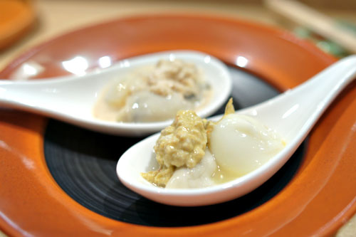 Kusshi Oyster and Quail Egg