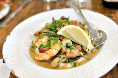 Shrimp & Grits, Mushrooms, Bacon, Scallions