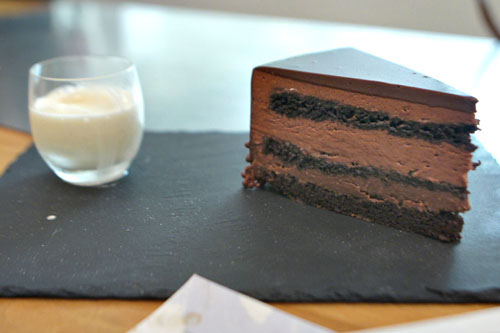CHOCOLATE LAYERED MOUSSE CAKE