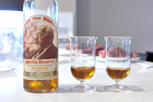 Pappy Van Winkle's 20yr Family Reserve Kentucky Straight Bourbon Whiskey
