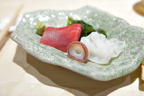 Kuromaguro to Tako no Sashimi