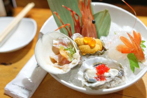Amaebi/Uni/Kaki/Hamaguri Sashimi