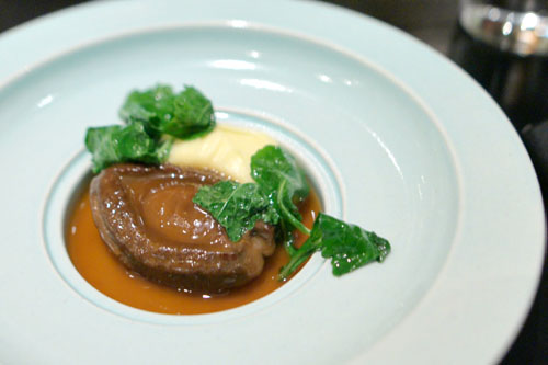 25 head Kippin abalone from Iwate, 2008, potato purée, tender kale, braising jus
