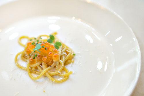 spaghettini with uni butter, salmon roe, wasabi