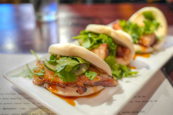 Slow Roasted Porkbelly Steamed Bun 'tacos'