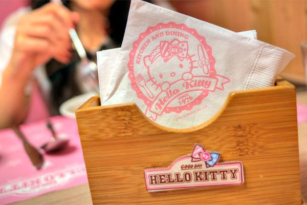 Hello Kitty Napkins