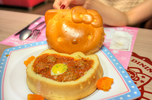 Beef Stew With Kitty Bread-cup