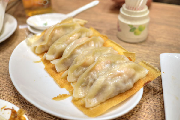 #91 - Shrimp & Pork Pot Stickers (6 pcs)