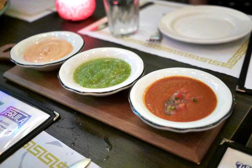 Con Tres Salsas