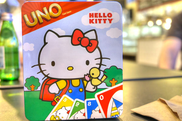 Hello Kitty Uno