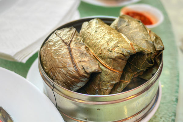 Sticky Rice w/ Lotus Leaf Wrapped