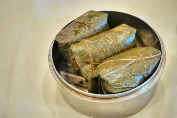 Sticky Rice Wrap with Chicken & Abalone