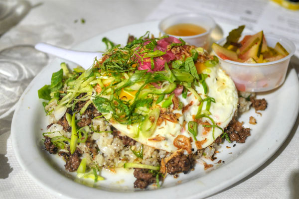 VIETNAMESE MINCED BEEF-TACULAR W/ FRIED-EGG-LICIOUSNESS