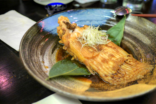 Dashi-simmered Stingray Fin