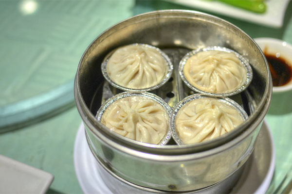 Steamed Juicy Pork Dumplings